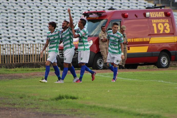 Altos x Icasa - comemoração de gol (Foto: Joana D'arc Cardoso/GloboEsporte.com)