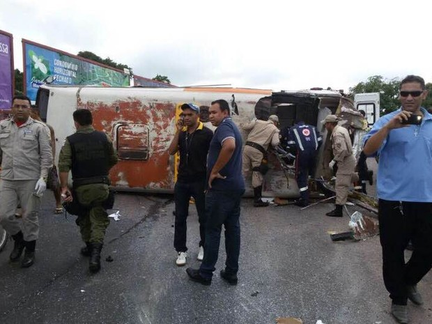 ônibus acidente (Foto: Antônio Bastos/O Liberal)