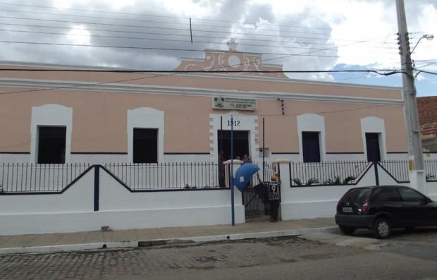 Parte da programação acontece na Escola Estadual José Rufino (Foto: Fernanda Zauli/G1)