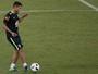 Mesmo sem jogar, Thiago Silva deixa a seleção brasileira em alta com Tite
