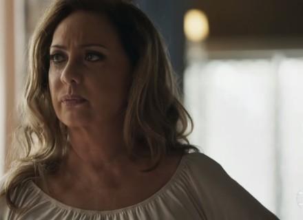Nádia orienta Tônia a mentir para se casar com Bruno