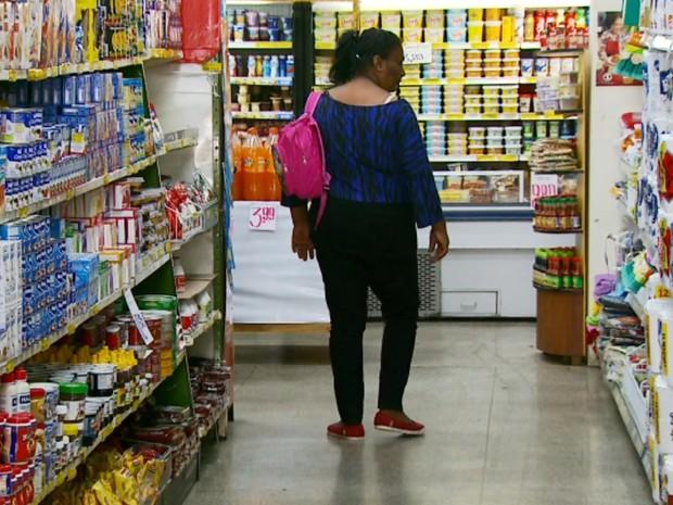 Inflação de alimentos básicos chega a quase 50% no Sul de Minas, varginha (Foto: Reprodução EPTV)