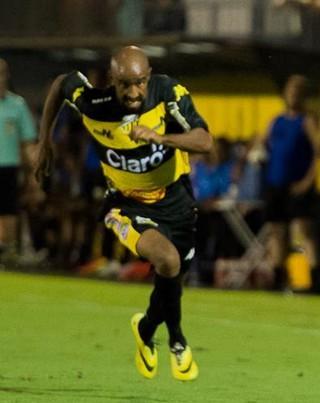 Paulinho, lateral do Novorizontino (Foto: William Lima/ Novorizontino)