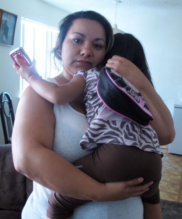 Melissa Torrez perseguiu sequestrador para salvar filha (Foto: Russell Contreras/AP)
