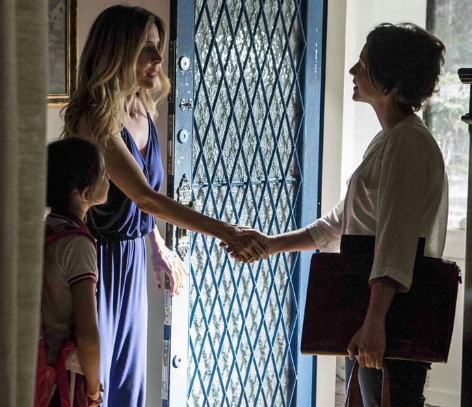 Kiki recebe professora de Aninha (Foto: Inácio Moraes/ Gshow)