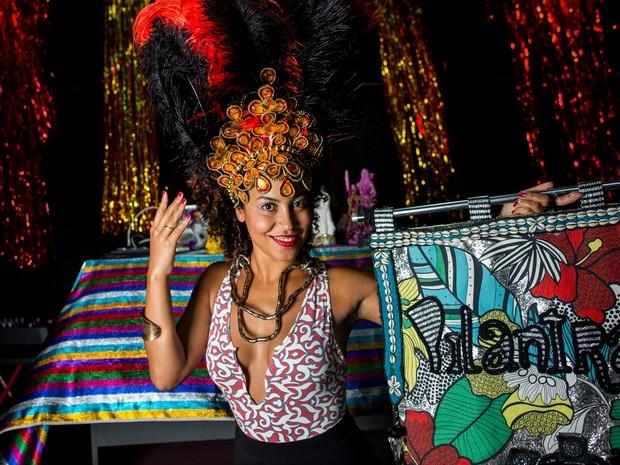 Musa do Pilantragi se inspira na cantora byoncé, mas conquista com hambúrguer caseiro  (Foto: Victor Moriyama/G1)