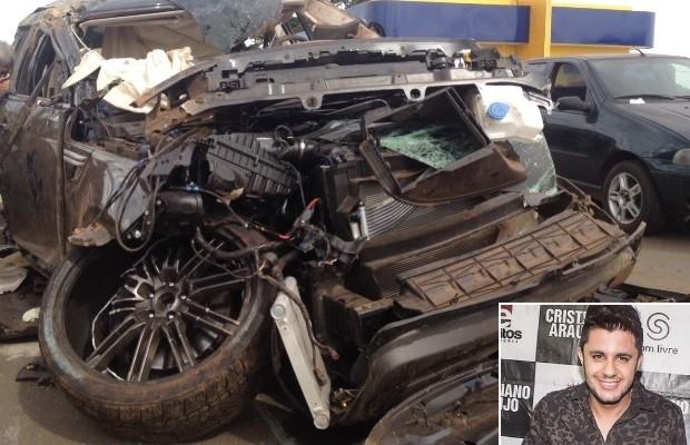 Carro usado por Cristiano Araújo foi cedido por empresário, diz advogada em Goiás (Foto: Táliton Andrade/G1)
