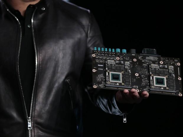 Dispositivo Driven PX 2, nova plataforma de supercomputador da Nvidia para carros autônomos (Foto: Divulgação)