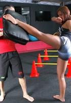 Carol Nakamura perde sete quilos em dois meses de treino; veja vídeo