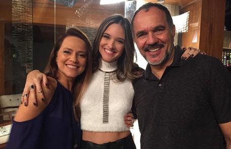 Juliana Paiva com Vivianne Pasmanter e Humberto Martins, seus sogros na história. 'Vou sentir saudades das aulas, da parceria e da troca' Reprodução