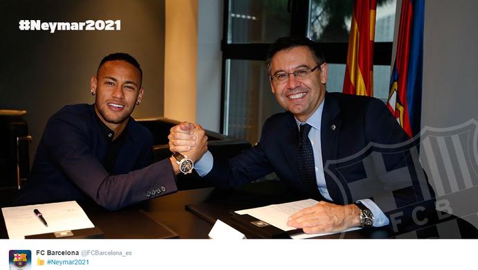 Neymar assinatura contrato Barcelona (Foto: Divulgação)