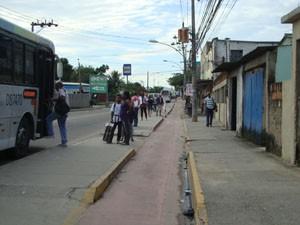 Ciclovia da Avenida João XXIII passa em frente de residências. (Foto: Mariucha Machado/G1)