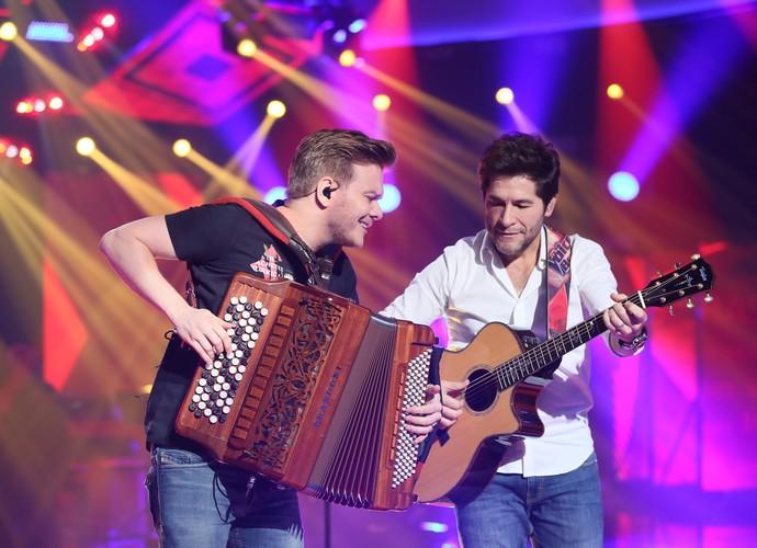 Daniel e Michel Teló ensaiam para o show de encerramento do The Voice Brasil (Foto: Isabella Pinheiro/Gshow)