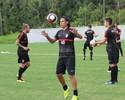 """Com JEC sob pressão, Renan Teixeira defende Fabinho: """"É a pessoa certa"""""""