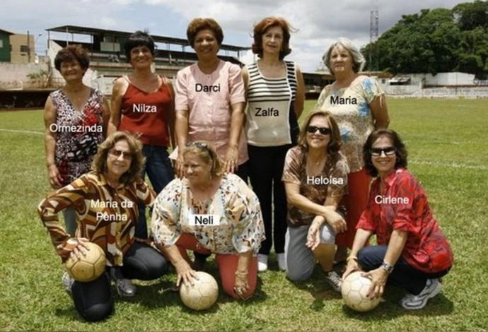 Pioneiras do futebol feminino de Araguari-MG, Araguari Atlético Clube - foto de 2009 (Foto: Teresa Cristina/Arquivo Pessoal)