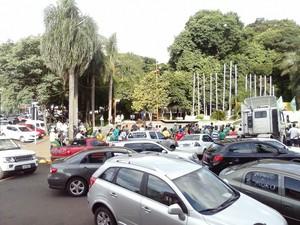 Carreata e manifestação foram realizadas em Ijuí, RS (Foto: Everson Dornelles/RBS TV)