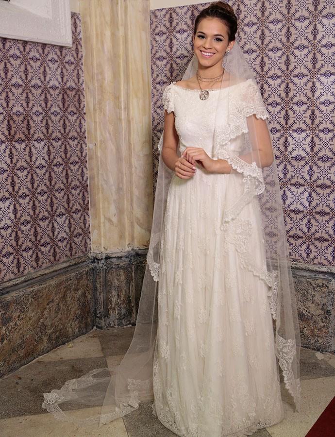 A atriz subiu ao altar pela segunda vez na novela 'Em Família' como Luiza (Foto: Felipe Monteiro/Gshow)
