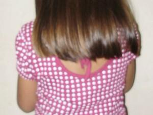 Menina disse ter sido obrigada a tirar a roupa (Foto: Richard Lopes/TV Diário)