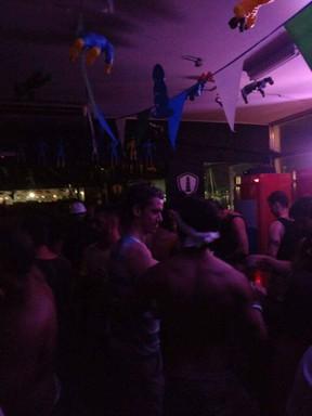 Theodoro Cochranecurte festa no Rio (Foto: Ego)