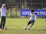 Repleto de mudanças, Inter busca conter crise e vencer após um mês