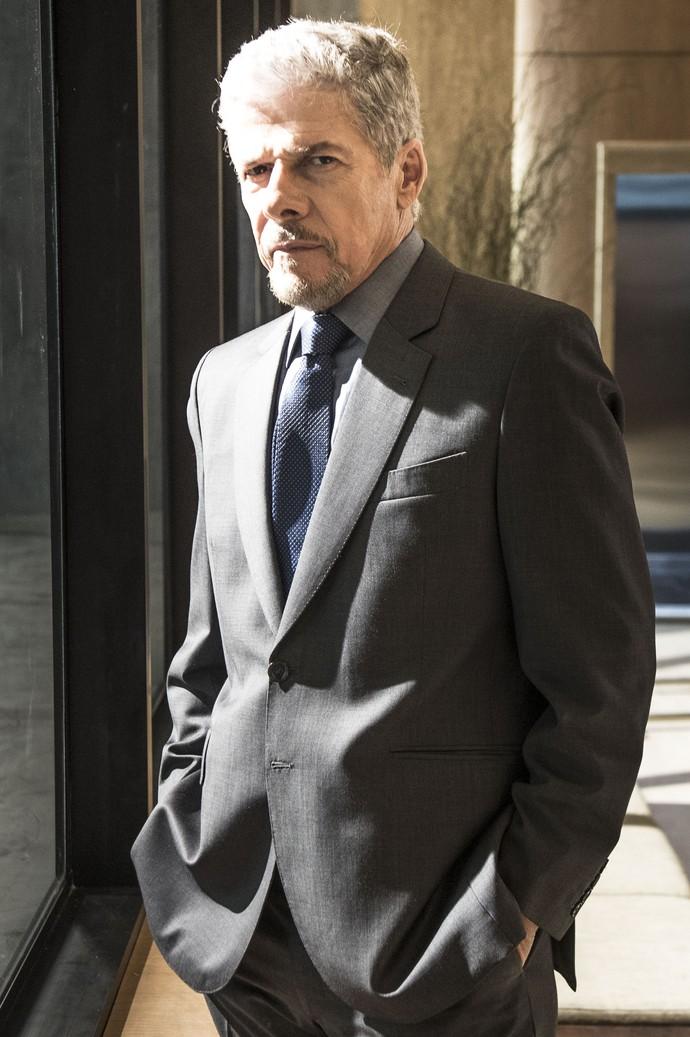 José Mayer será poderoso homem de negócios (Foto: Renato Rocha Miranda / TV Globo)