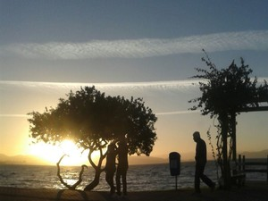 Semana começa com sol e nuvens em SC (Foto: Daniela Walzburiech/G1)