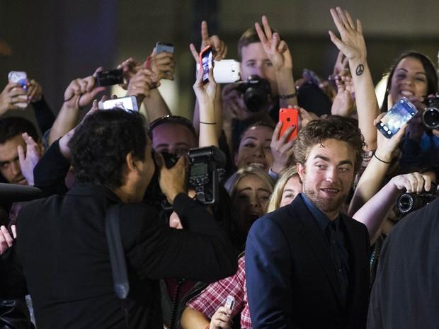 Robert Pattinson em festival de cinema em Toronto, no Canadá (Foto: Mark Blinch/ Reuters)
