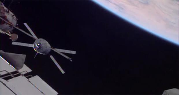 Veículo cargueiro se acoplou à Estação Espacial Internacional (Foto: Divulgação/Nasa/ESA)
