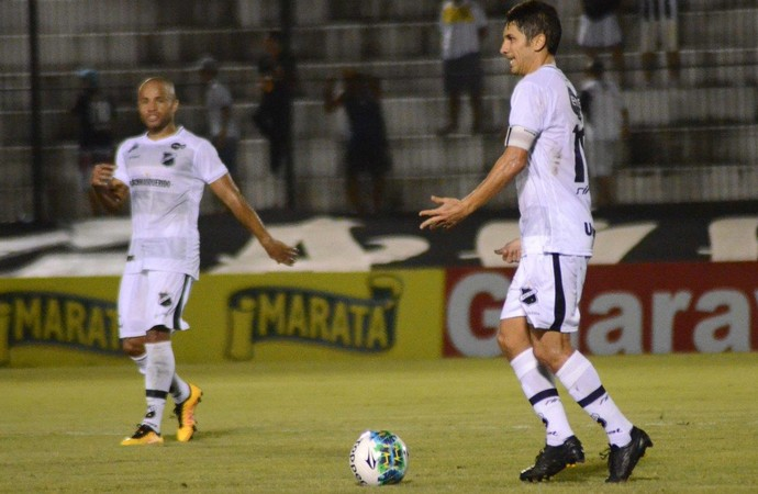 Lúcio Flávio meia do ABC (Foto: Frankie Marcone/ABC)