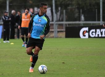 Werley, zagueiro do Grêmio (Foto: Diego Guichard)