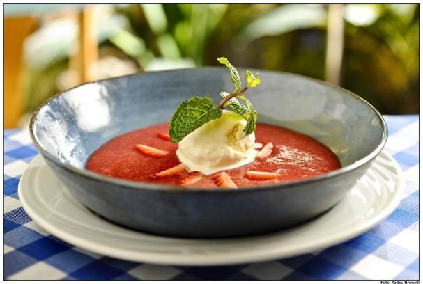 Sopa de morangos (Foto: Divulgação)