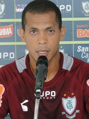 Leandro Ferreira, volante do América-MG (Foto: Marco Antônio Astoni)