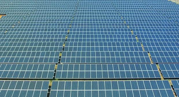 Instalações da Fazenda Solar na cidade de João Pinheiro (MG)  (Foto: Divulgação/ Ebes)