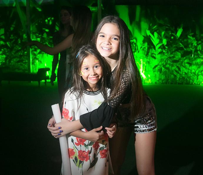 A pequena Nathália Costa esteve na festa de Mel (Foto: Diogo Dubem)