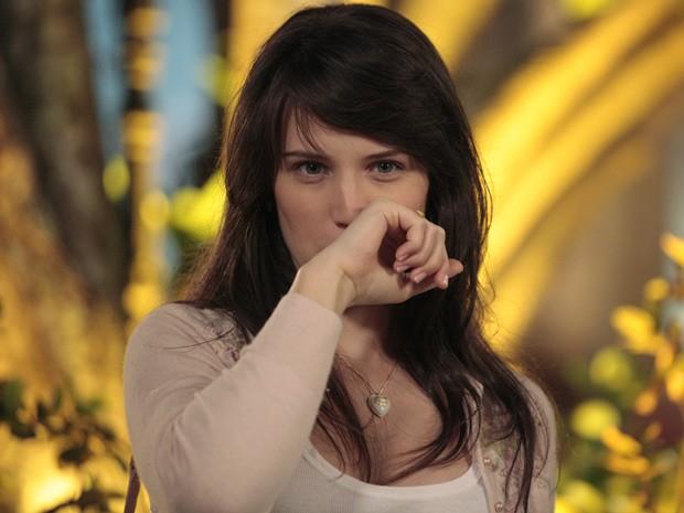 Carolina fica com nojo do beijo de Ulisses (Foto: Guerra dos Sexos / TV Globo)