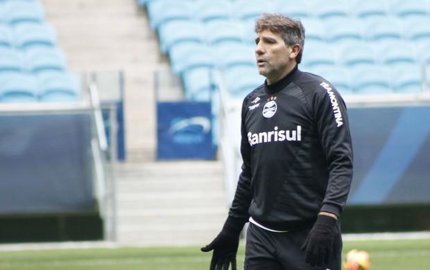 Renato em treino do Grêmio (Foto: Diego Guichard)