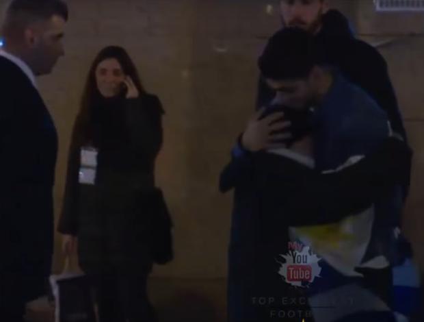 BLOG: Ídolo demais! Presente de Suárez leva torcedor mirim às lágrimas
