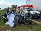 Cinco pessoas morrem em colisão entre carro e caminhão na Bahia