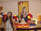 Marcella Ramalho, de Sangue Bom, festeja aniversário com tema 'It girl'