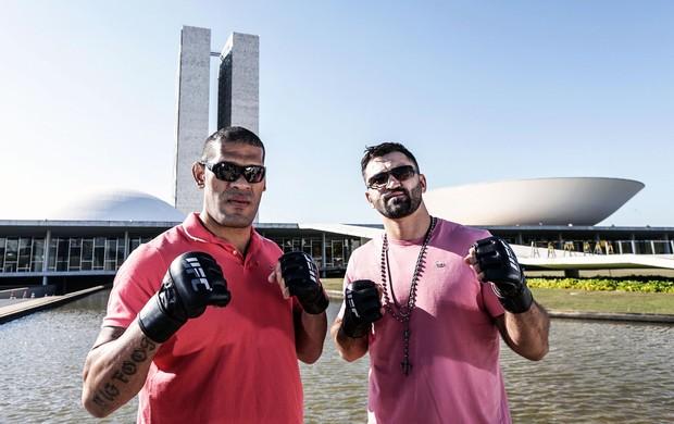 Pezão e Arlovski encarada UFC Brasília (Foto: Gaspar Nóbrega / UFC)