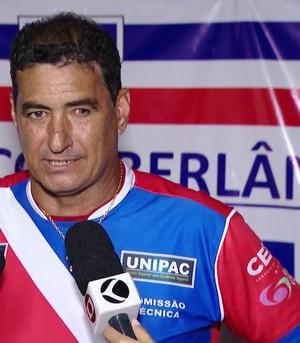 Catanoce, técnico CAP Uberlândia (Foto: Reprodução/TV Integração)