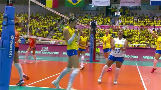 Seleção Brasileira Feminina de Vôlei consegue mais uma vitória no Grand Prix
