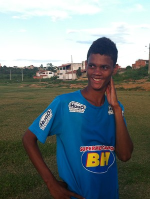 Meia Emerson espera ansioso para o início do Campeonato. (Foto: Valdivan Veloso / G1)