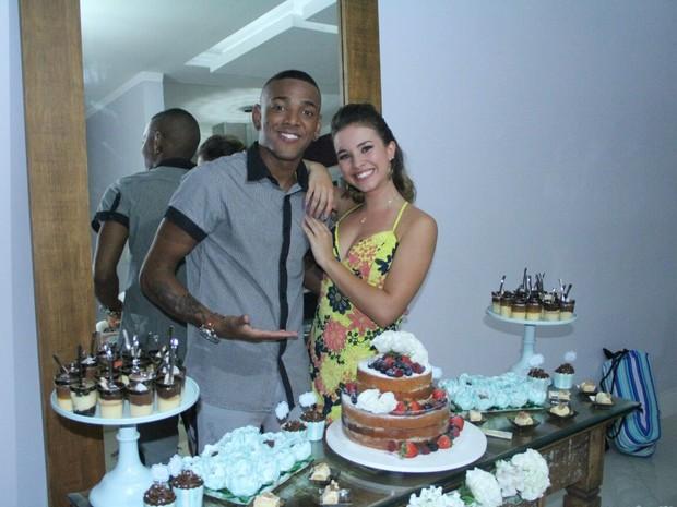 Nego do Borel e Laryssa Ayres em festa no Rio (Foto: Divulgação)
