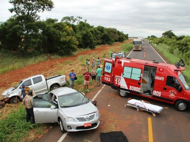 Acidente na MS-276 em Bayporã, MS (Foto: Sandro Almeida/Jornal da Nova)
