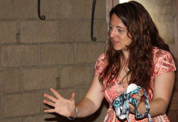 Rachel Starkey tem uma confecção há oito anos no Egito (Foto: Divulgação/Transformation Textiles)