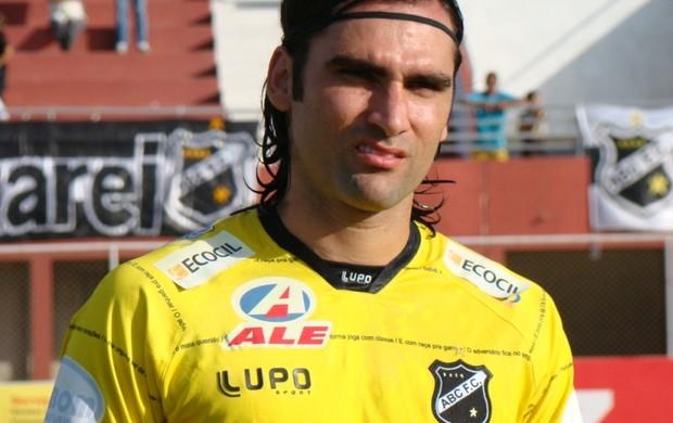 Léo Gamalho já atuou no ABC (Foto: Divulgação ABC)
