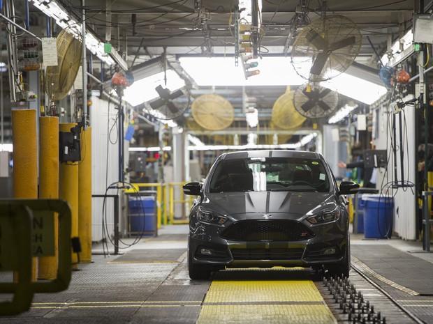 Agora a Ford vai investir US$ 700 milhões na fábrica americana de Flat Rock, que criará 700 empregos diretos nos EUA (Foto: Saul Loeb/AFP)