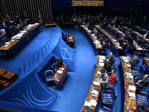 Sessão do Senado nesta quinta-feira (16) para apreciar a MP dos Portos (Foto: Wilson Dias/ABr)