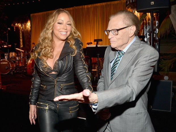 Mariah Carey e Larry King em evento em Los Angeles, nos Estados Unidos (Foto: Charley Gallay/ Getty Images/ AFP)